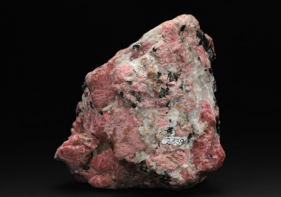 Rhodonite with Franklinite