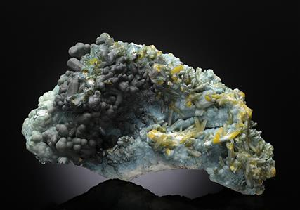 Plumbogummite after Pyromorphite