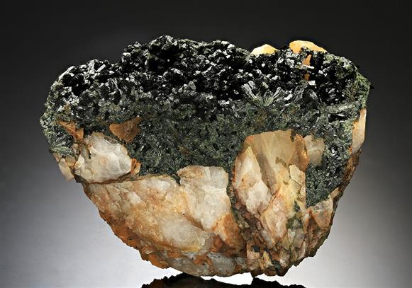 Olivenite on Quartz