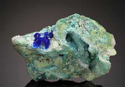 Linarite with Brochantite