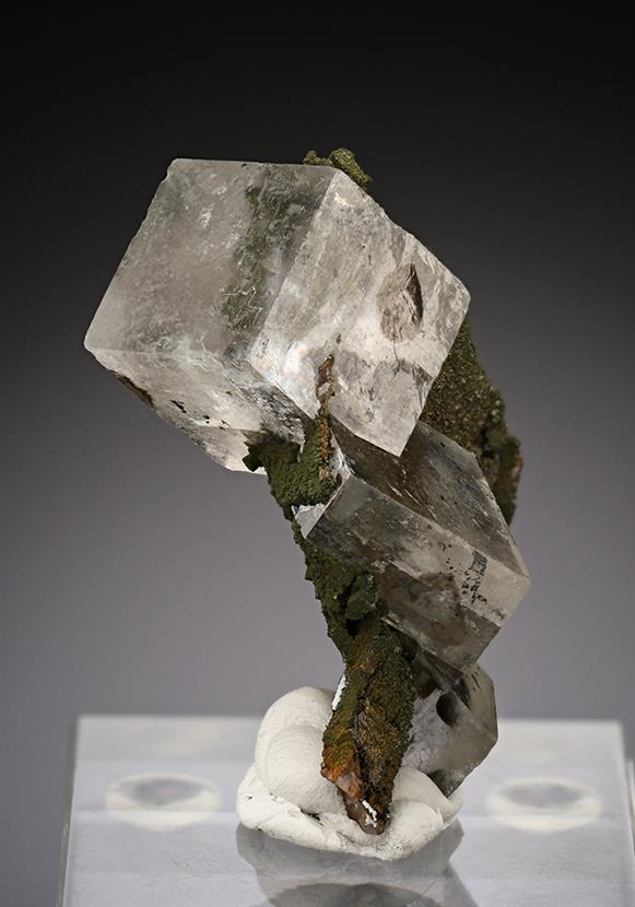Calcite with Mottramite