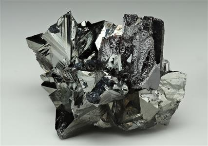 Tetrahedrite with Hübnerite and Quartz