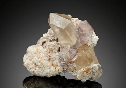 Fluorapatite with Quartz