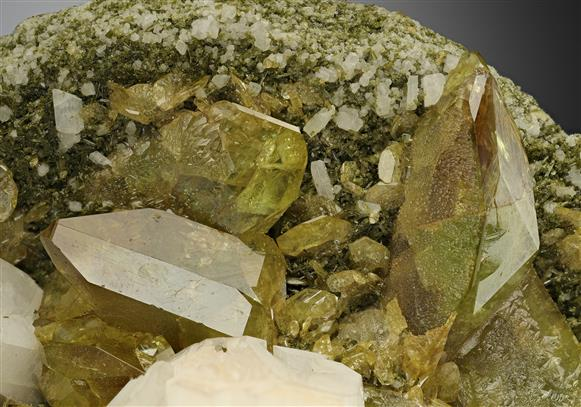 Titanite with Feldspar