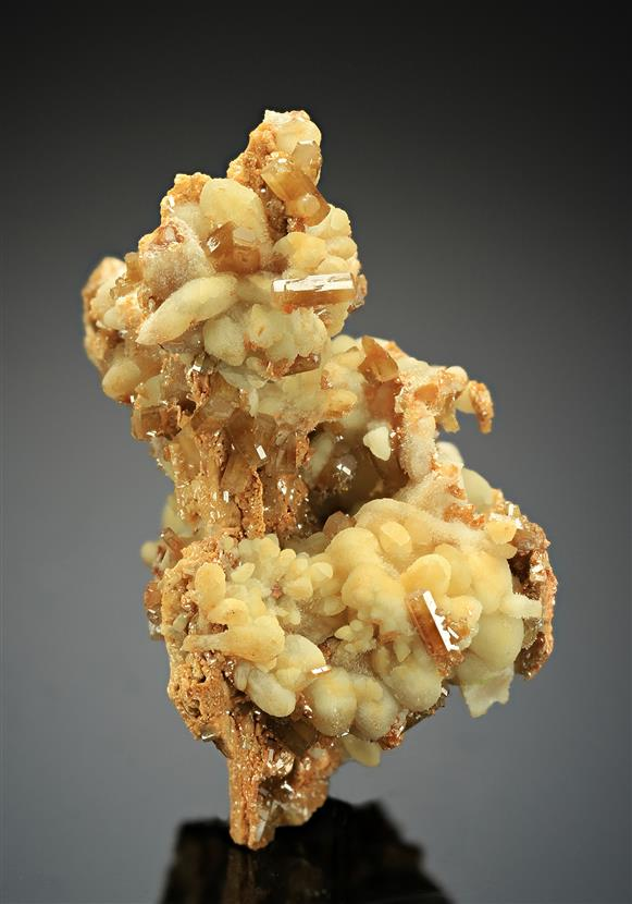 Mimetite with Smithsonite