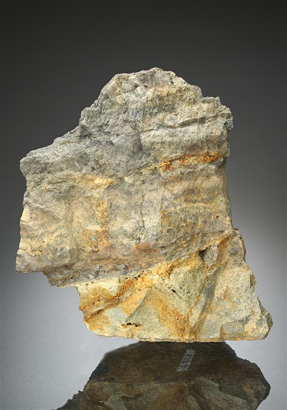 Suredaite with Sphalerite