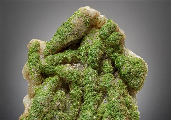 Pyromorphite with Quartz after Baryte