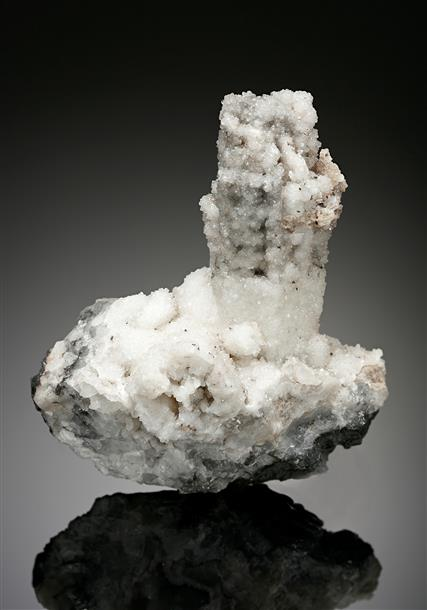 Calcite pseudomorph after Aragonite