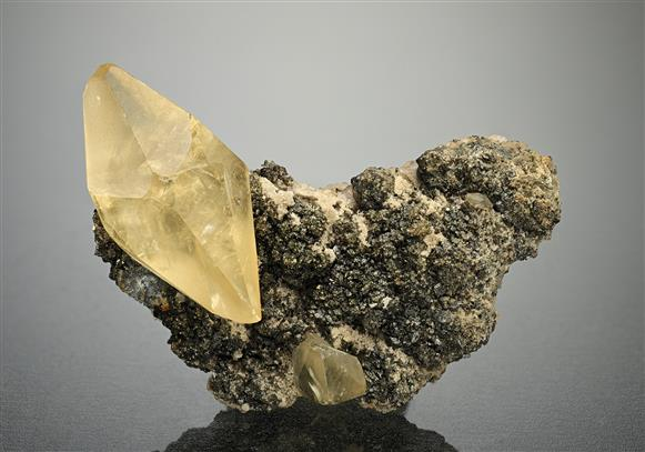Calcite with Sphalerite and Fluorite