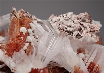 Inesite with Natrolite