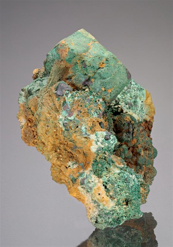 Cuprite coated by Malachite