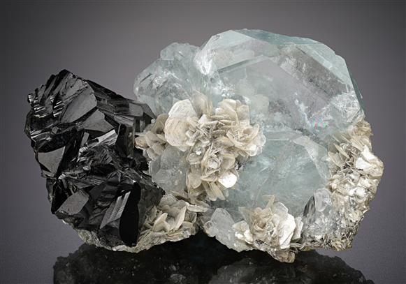 Beryl with Cassiterite and Muscovite