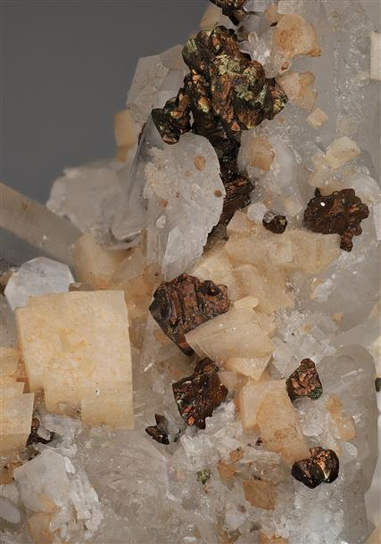 Dolomite with Quartz and Chalcopyrite