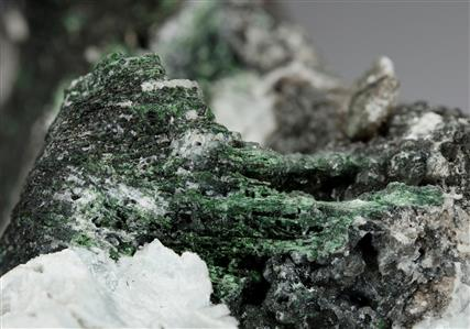 Crednerite with Hydrocerussite and Malachite
