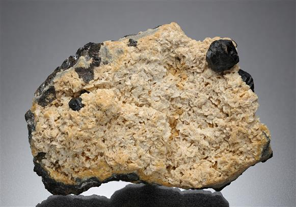 Sphalerite with Siderite
