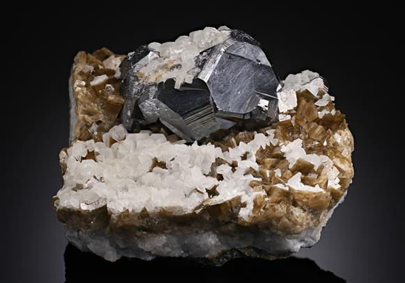 Galena with Siderite and Calcite