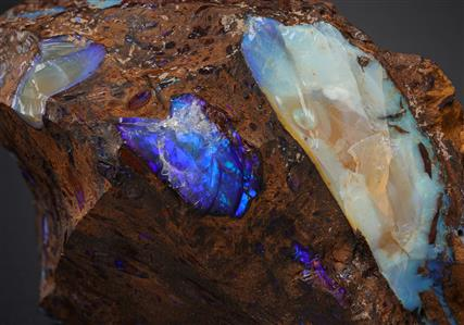 Opal in matrix