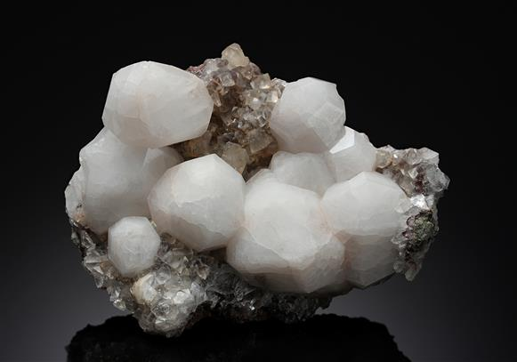 Analcime with Calcite