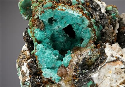 Aurichalcite with Hemimorphite and Baryte