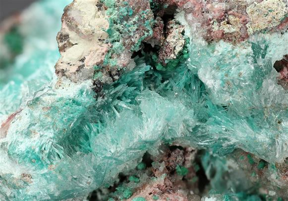 Aurichalcite with Hemimorphite, Hydrozincite and Rosasite