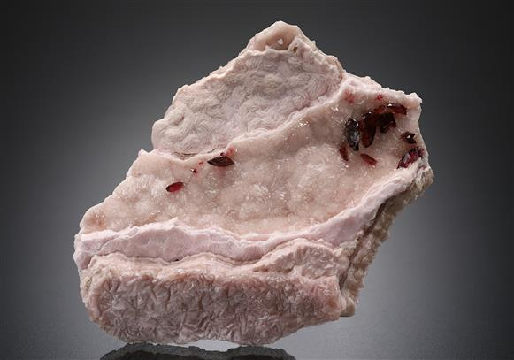 Wendwilsonite and Roselite on Cobaltoan Calcite