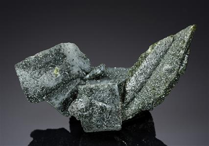 Titanite with Adularia and Chlorite