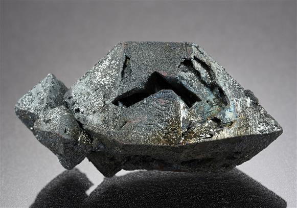 Hematite ps. after Magnetite var. Martite