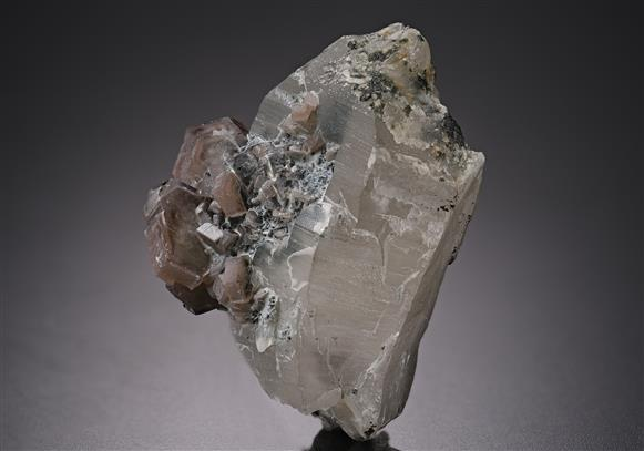 Quartz with Fluorapatite