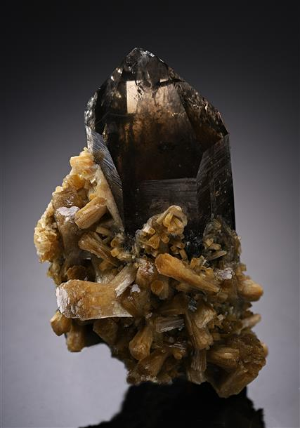 Smoky Quartz with Stilbite-Ca