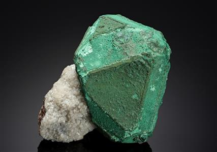 Cuprite coated with Malachite