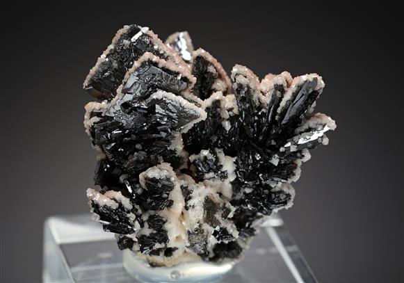 Descloizite with Dolomite
