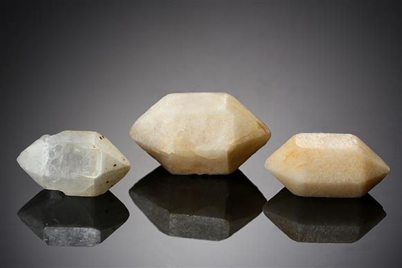 Quartz 3 Pieces