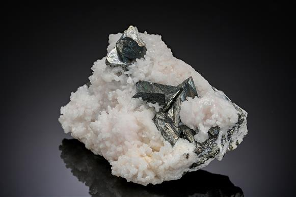 Tetrahedrite with Calcite