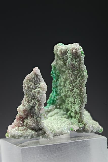 Conichalcite on Dolomite