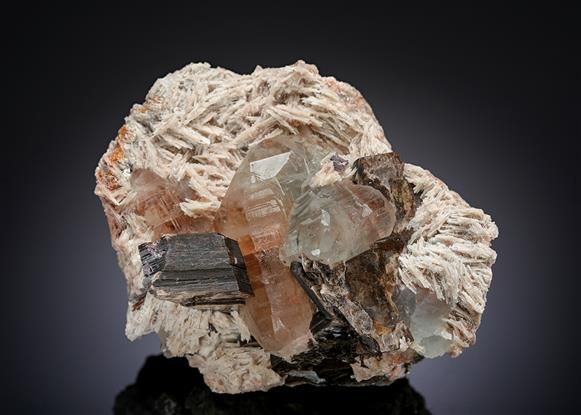 Topaz on Zinnwaldite