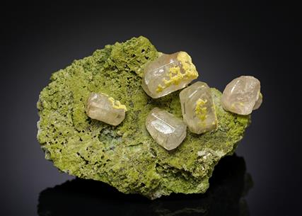Cerussite with Mimetite and Duftite