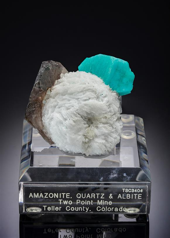 Microcline variety Amazonite with Quartz and Albite