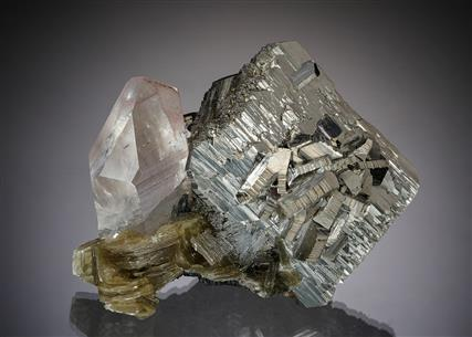 Arsenopyrite with Quartz, Siderite and Muscovite