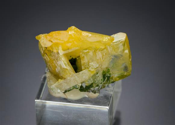 Wulfenite with Duftite